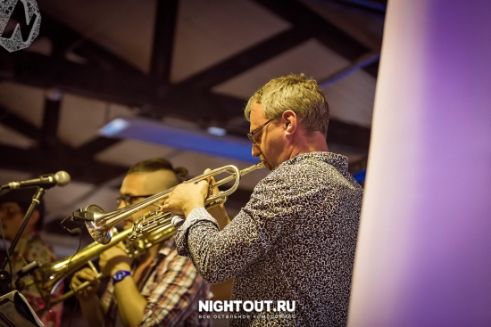 fotootchet-pivo-bezalkogolnyiy-kombinat-shulginskiy-18-iyunya-2016-nightout-altayskiy-kray-9